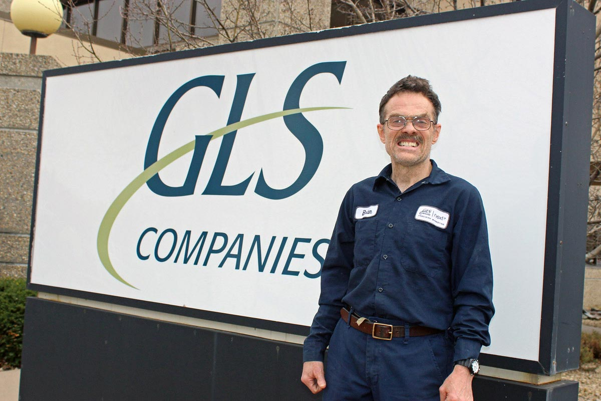 BRIAN CELEBRATES HIS SILVER ANNIVERSARY AT GLS