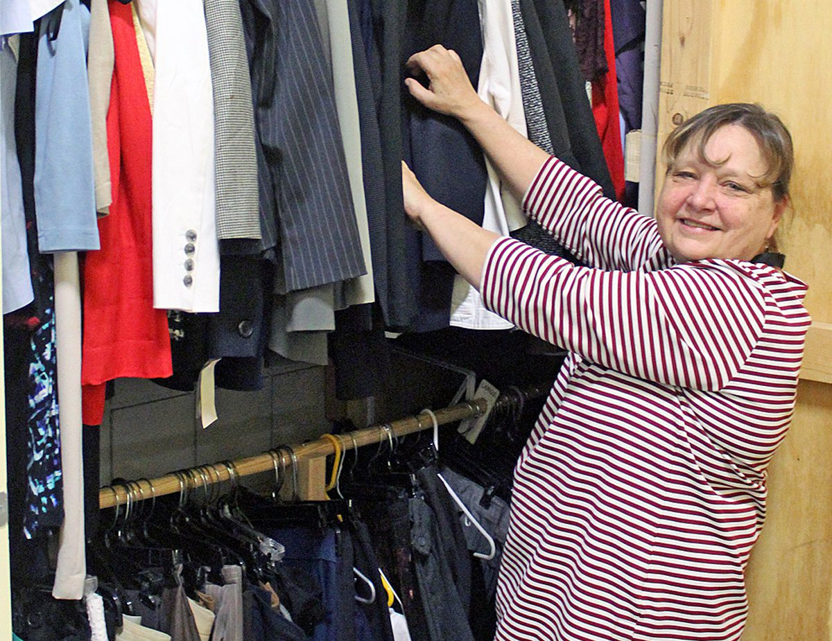 Volunteer Lauren Kozlak helps people 'dress for success'